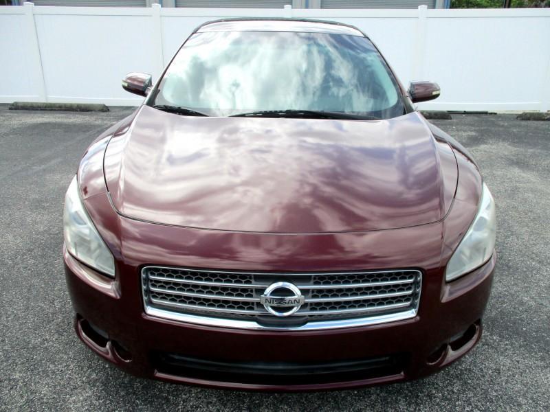 Nissan Maxima 2010 price $8,999