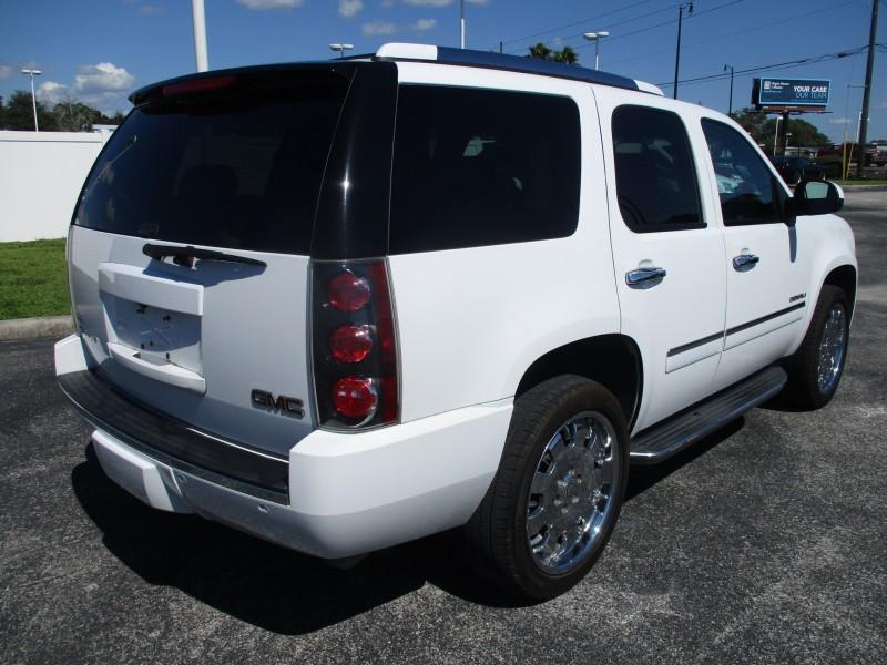 GMC Yukon 2011 price $16,999
