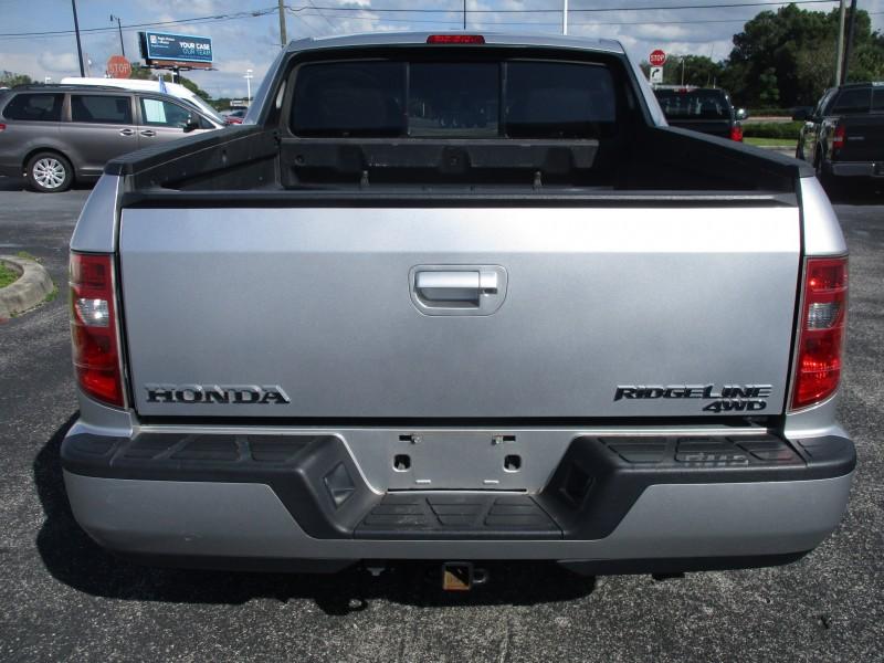 Honda Ridgeline 2011 price $16,699