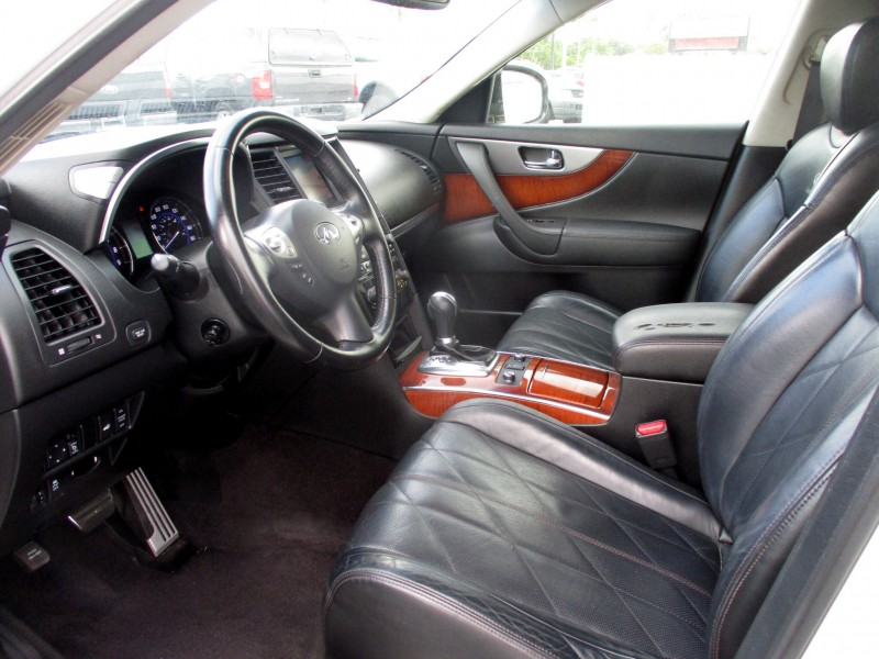 Infiniti FX35 2012 price $14,499
