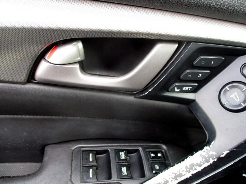 Acura TL 2009 price $11,499