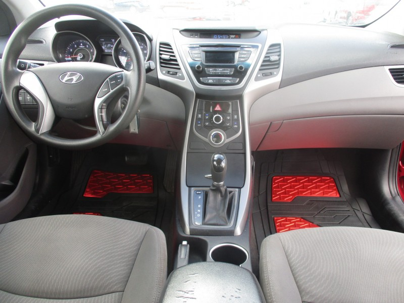 Hyundai Elantra 2016 price $11,499