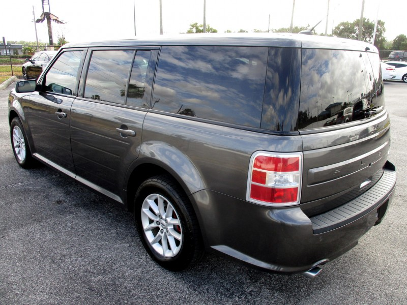 Ford Flex 2018 price $17,999