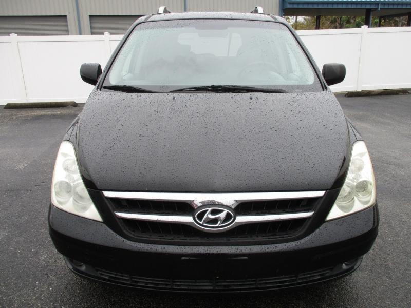 Hyundai Entourage 2007 price $5,299