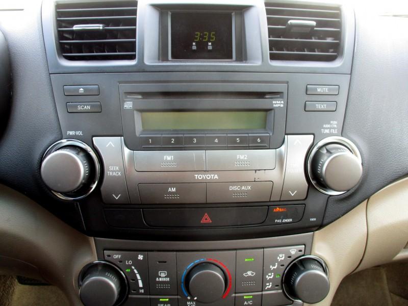 Toyota Highlander 2009 price $12,999