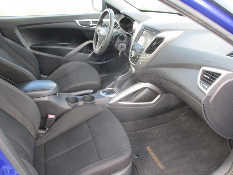 Hyundai Veloster 2013 price $9,999