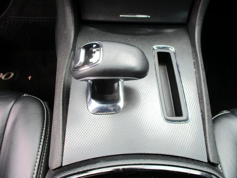 Chrysler 300 2014 price $17,499