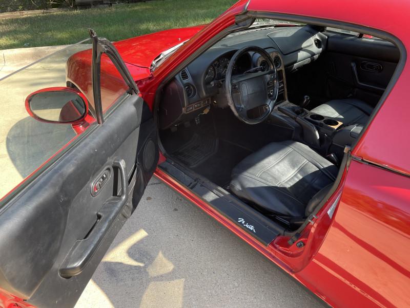 Mazda MX5 Miata 1997 price $7,499