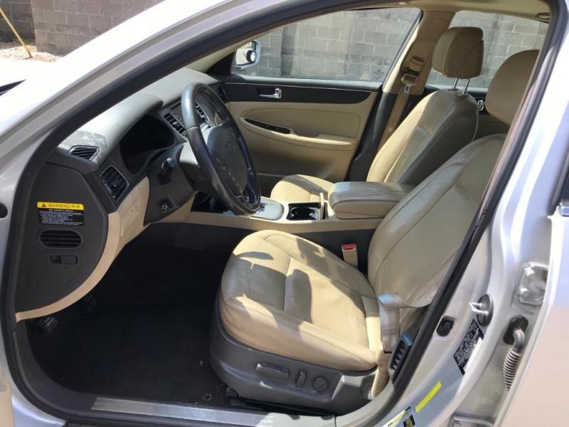 Hyundai Genesis 2011 price $4,995