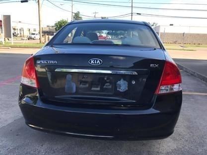 Kia Spectra 2009 price $3,600