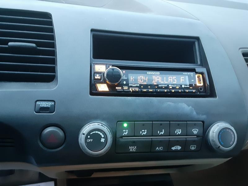 Honda Civic Coupe 2006 price $3,850