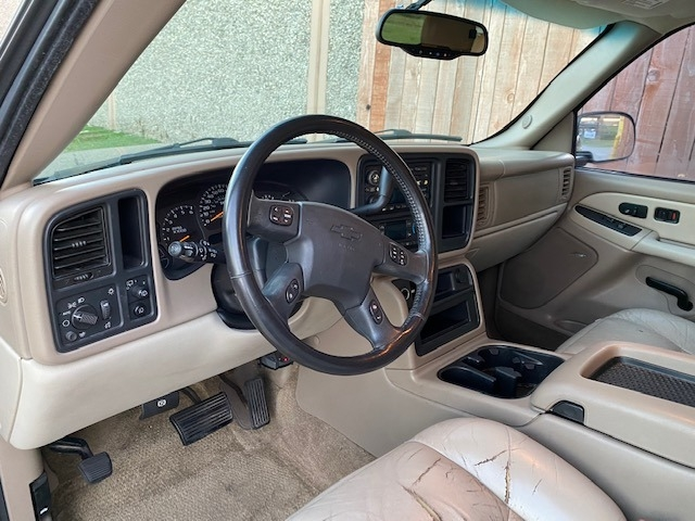 Chevrolet Tahoe 2003 price $5,500