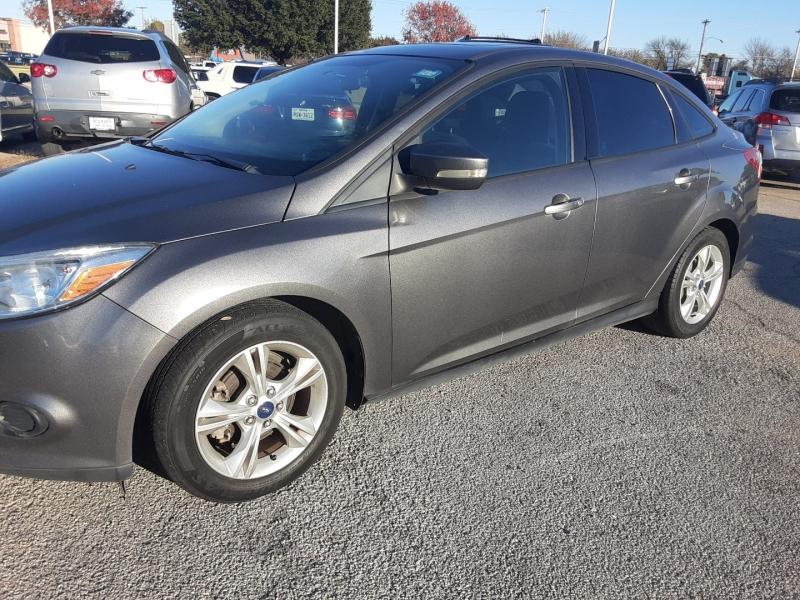 Ford Focus 2013 price $4,000