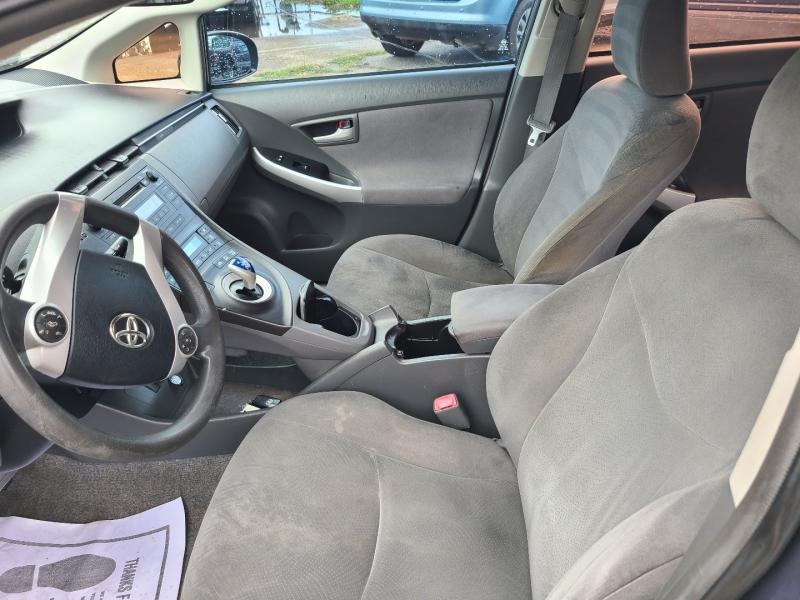 Toyota Prius 2010 price $4,560