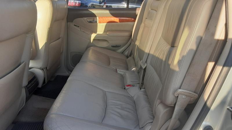 Lexus GX 470 2005 price $8,550
