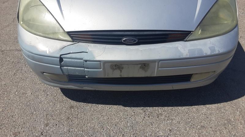 Ford Focus 2002 price $2,500