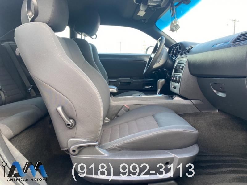 Dodge Challenger 2010 price $2,800 Down