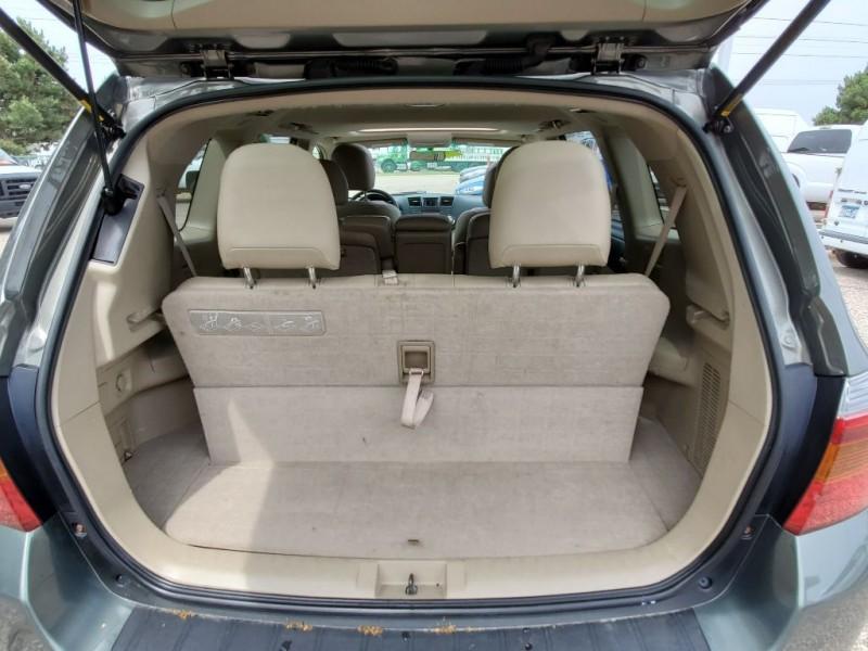 Toyota Highlander 2008 price $8,950
