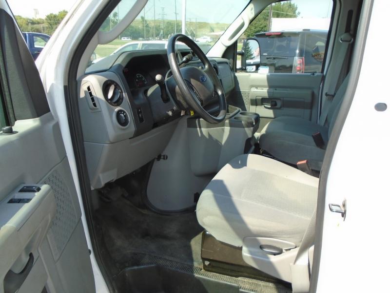 Ford Econoline Cargo Van 2013 price $12,450