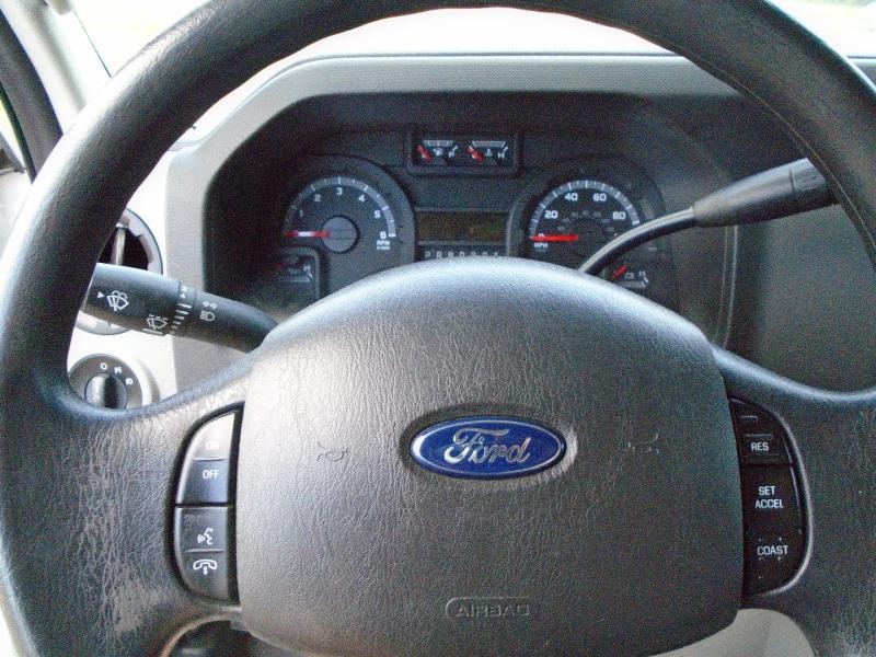 Ford Econoline Cargo Van 2014 price $19,995