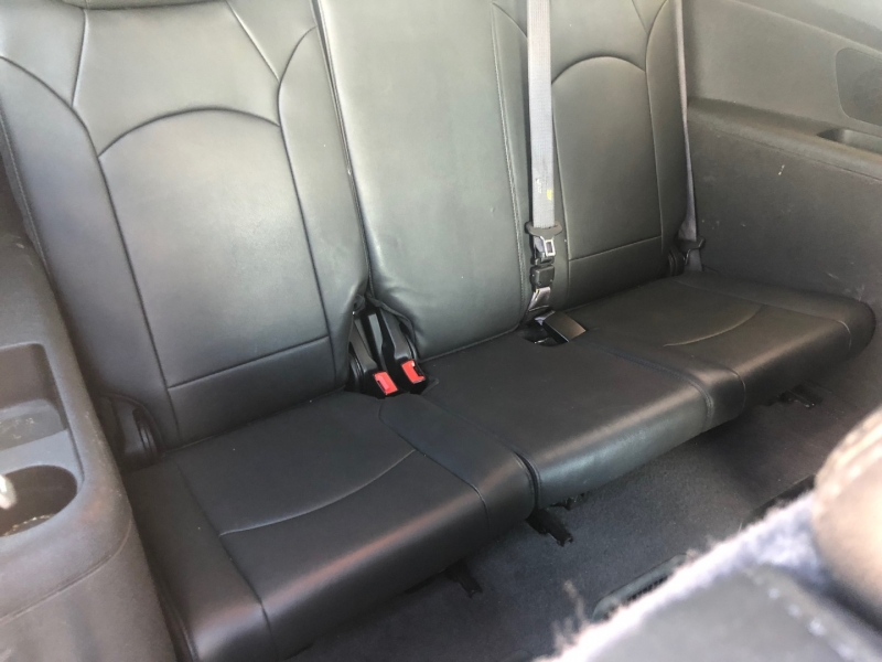 Chevrolet Traverse 2011 price $8,250