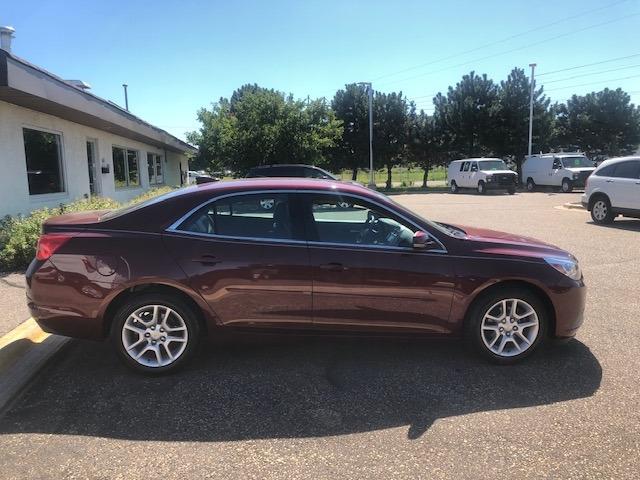 Chevrolet Malibu 2015 price $9,990