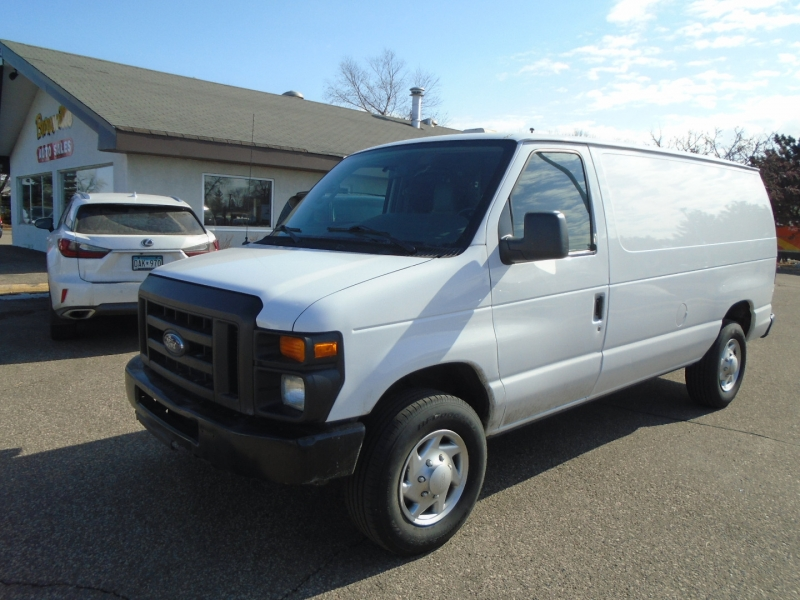 Ford Econoline Cargo Van 2013 price $16,950