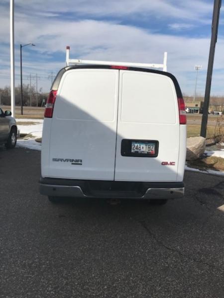 GMC Savana Cargo Van 2015 price $14,500