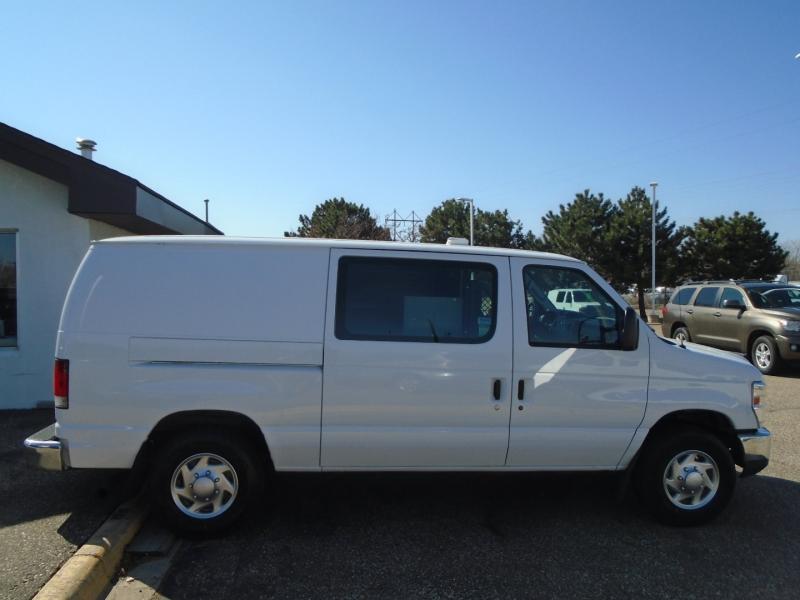 Ford Econoline Cargo Van 2013 price $12,950