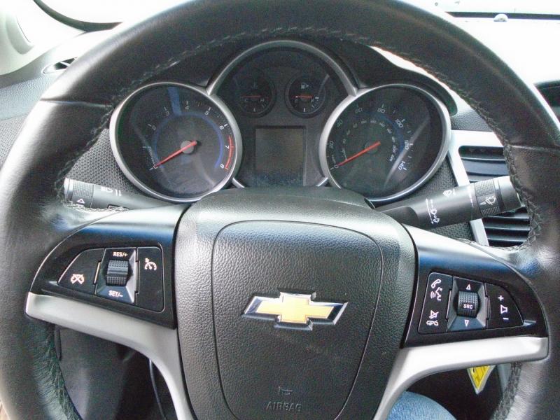 Chevrolet Cruze 2012 price $4,950