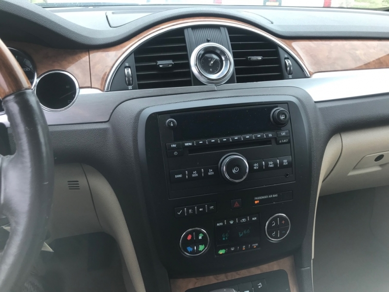 Buick Enclave 2008 price $6,950