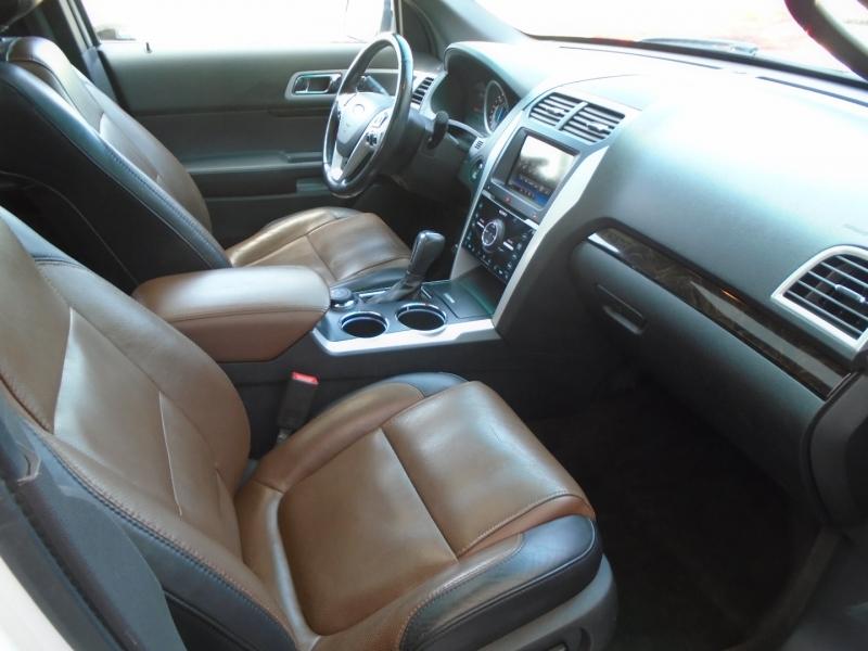 Ford Explorer 2013 price $17,450