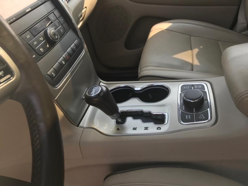 Jeep Grand Cherokee 2011 price $12,900