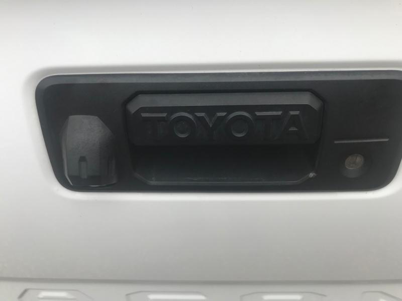 Toyota Tacoma 2016 price $24,500