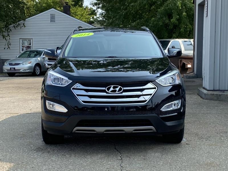 Hyundai Santa Fe 2014 price $11,900