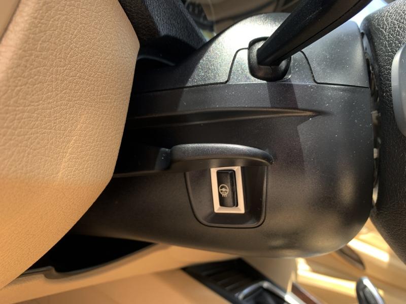 BMW 3-Series 2016 price $17,895