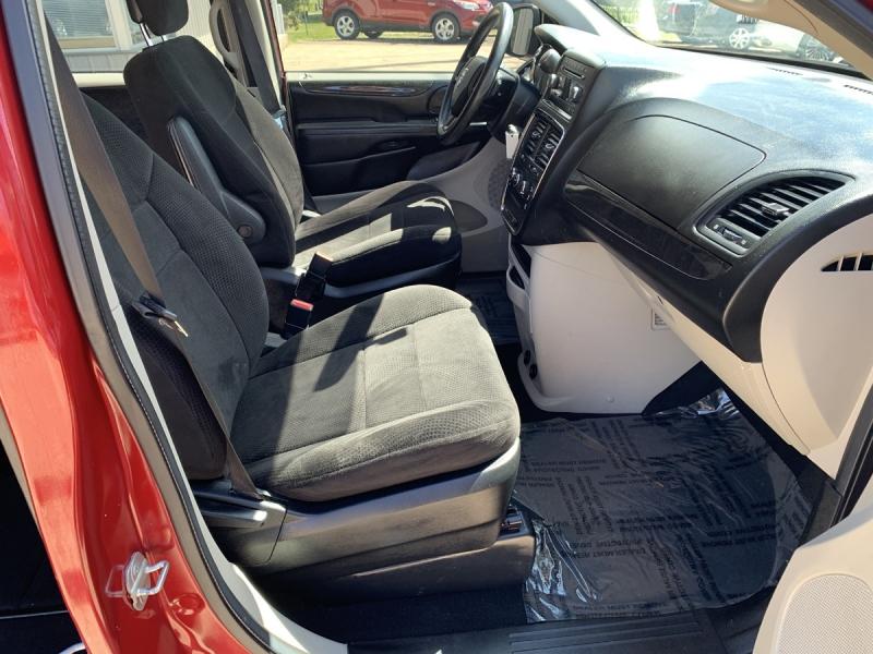 Dodge Grand Caravan 2014 price $13,800