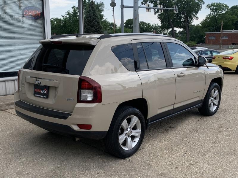 Jeep Compass 2017 price $16,800