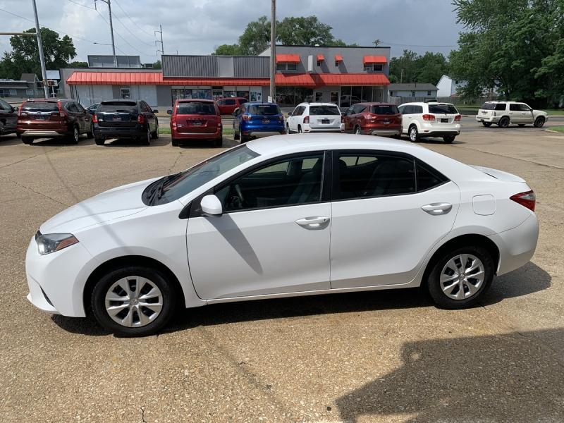 Toyota Corolla 2016 price $14,700