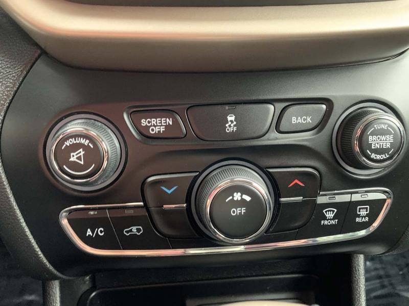 Jeep Cherokee 2015 price $17,975