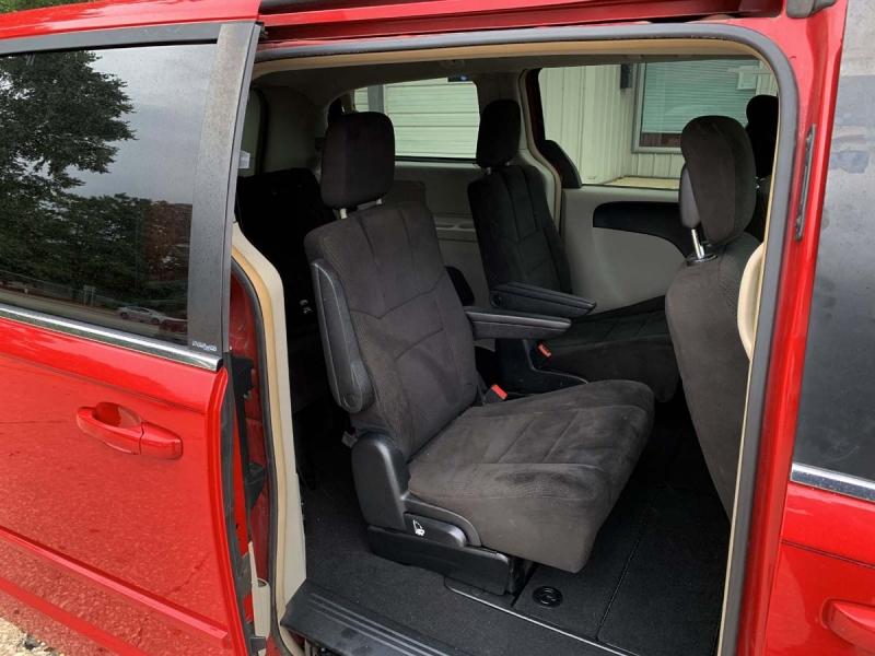 Dodge Grand Caravan 2012 price $9,575