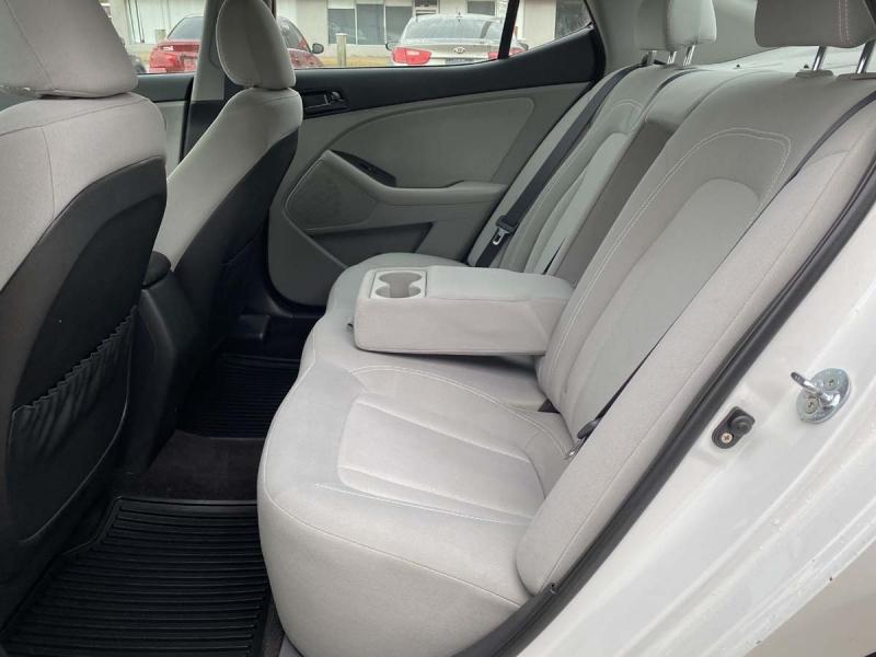 Kia Optima 2011 price $9,900