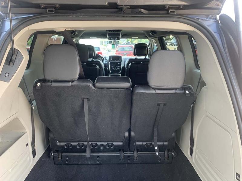 Dodge Grand Caravan 2014 price $10,895