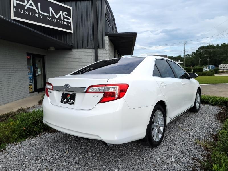 Toyota Camry 2014 price $12,998