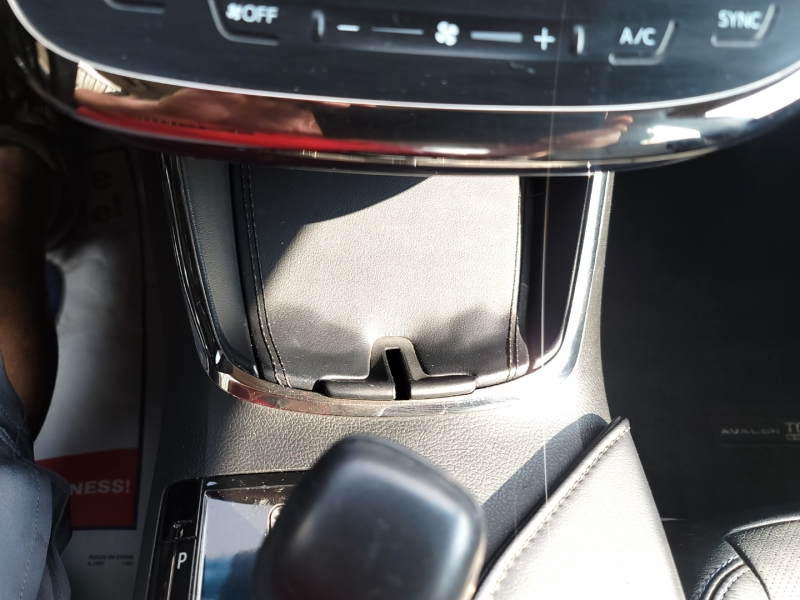 Toyota Avalon XLE Touring Sport 2015 price $17,862