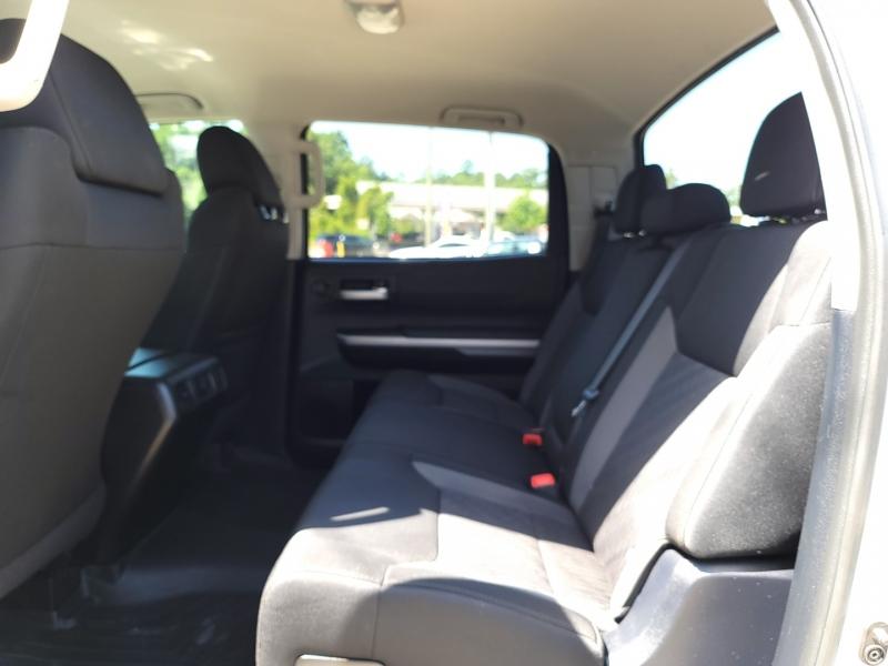 Toyota Tundra 4WD SR5 Lifted 2015 price $31,985