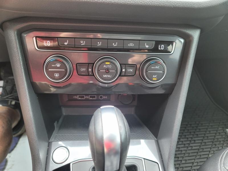 Volkswagen Tiguan 2020 price $28,498