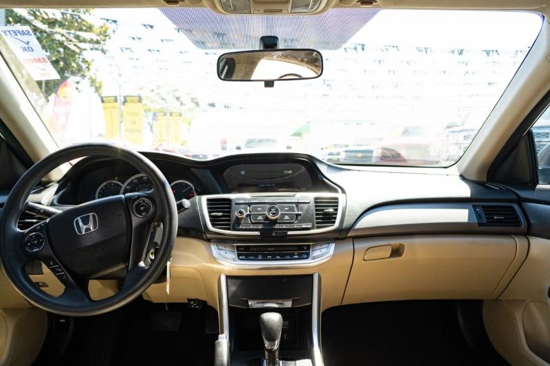 Honda Accord Sedan 2013 price $15,999