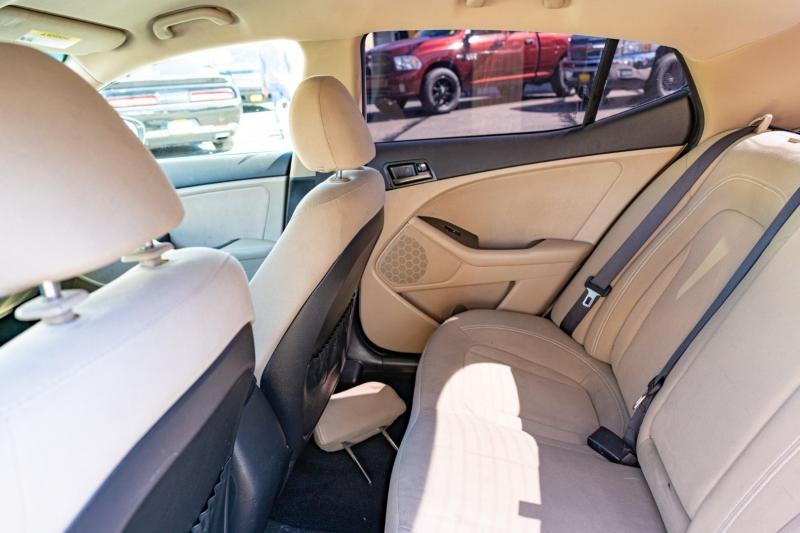 Kia Optima 2011 price $10,999