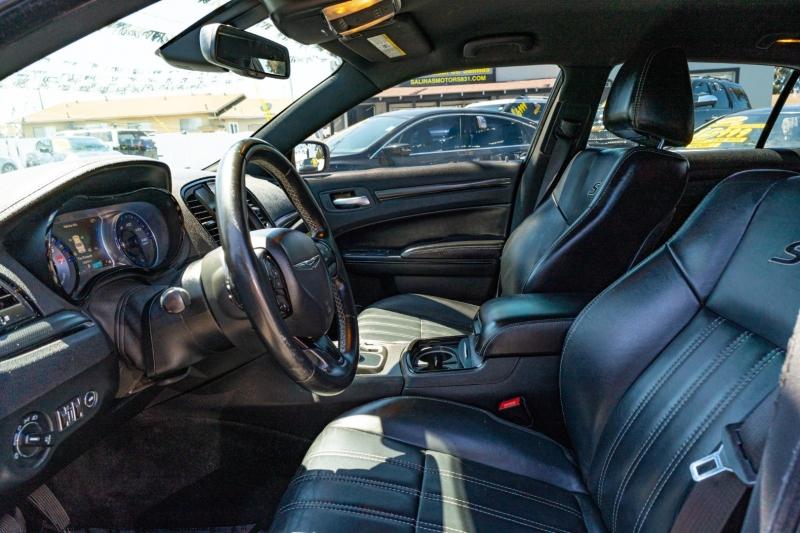 Chrysler 300 2015 price $18,999